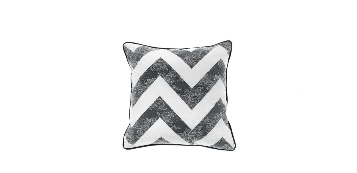 Gfh Cushion Burlesque Chevron