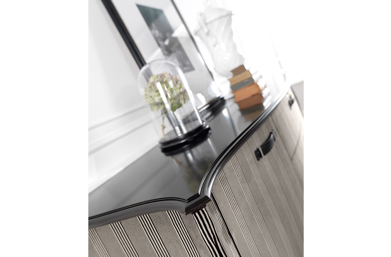 Gianfranco Ferre Home Angie Sideboard 03