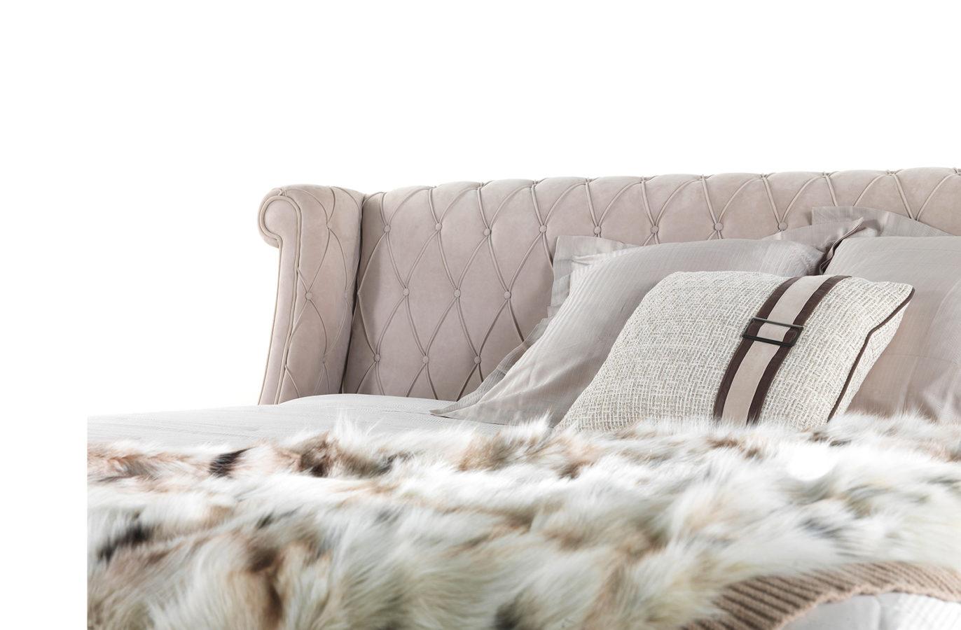 Gianfranco Ferre Home Bradmore Bed 01