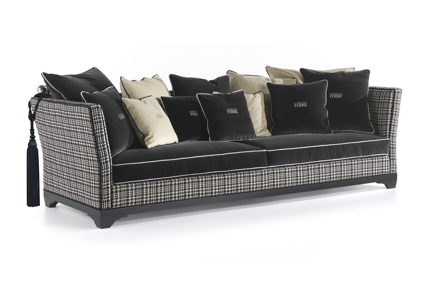 Gianfranco Ferre Home Chelsa Sofa