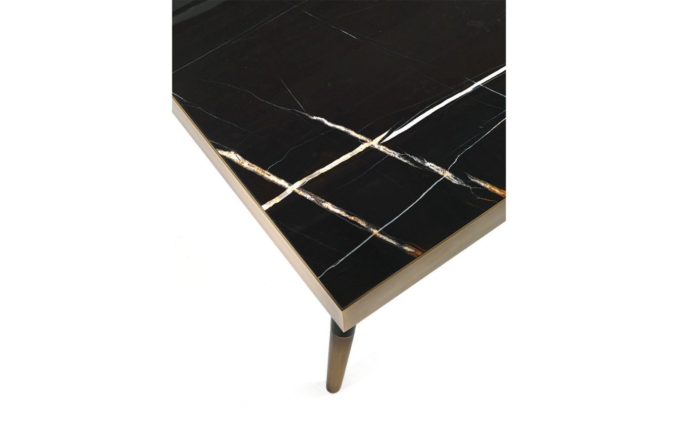 Gianfranco Ferre Home Mayfair Dining Table 02